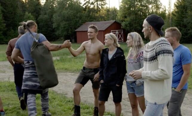 TRER AV: Kim Stefan Jenssen forsvinner ut av «Farmen»-bildene for godt i tirsdagens episode. Foto: TV 2