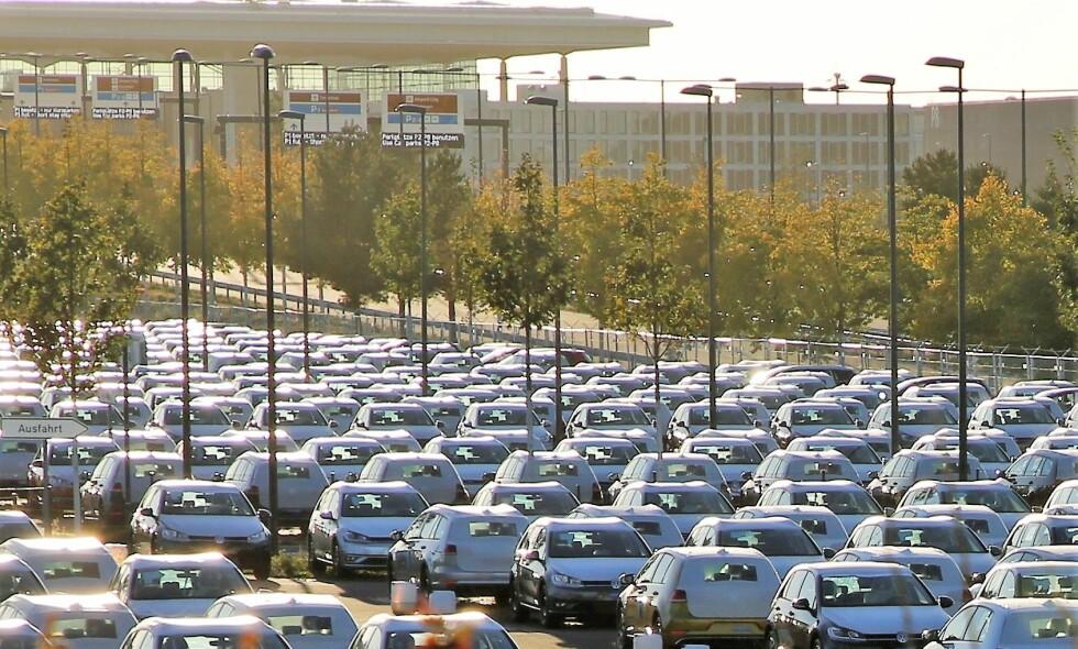 HAV: 8000 folkevogner fordelt på tre parkeringshus og tre parkeringsplasser. Foto: Asbjørn Svarstad