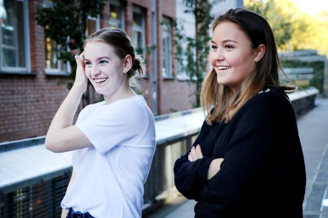 Ane Aasen Tømmerås og Henryette Johanne Aaby-Setten er usikre på hva drømmejobben er. Men Henryette liker tanken på spillutvikling. Foto: Ole Petter Baugerød Stokke