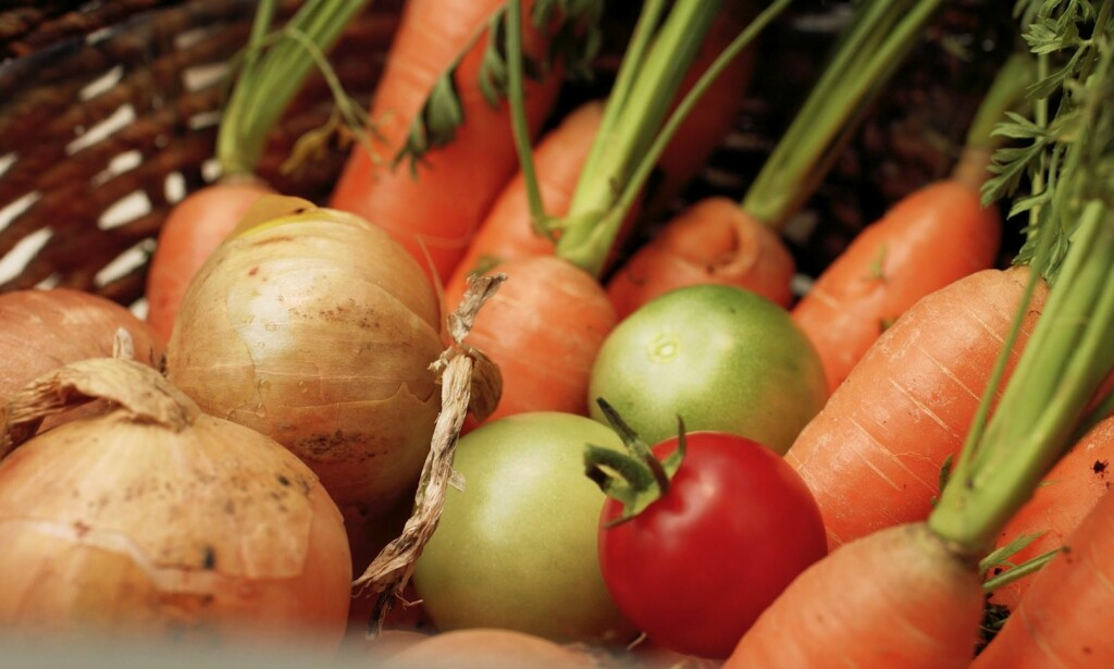 HELT NATURLIG: Suppeserien «100 prosent naturlig» inneholder kun modne grønnsaker, urter, krydder og andre ingredienser som finner i naturen.