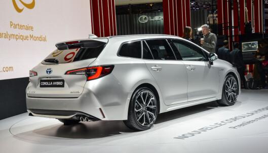 <strong>STØRRE:</strong> Avensis stasjonsvogn forsvinner, så det blir Corolla stasjonsvogn som blir det mellomstore alternativet når det gjelder den biltypen. Men den er større enn Auris Touring Sports, og har nesten