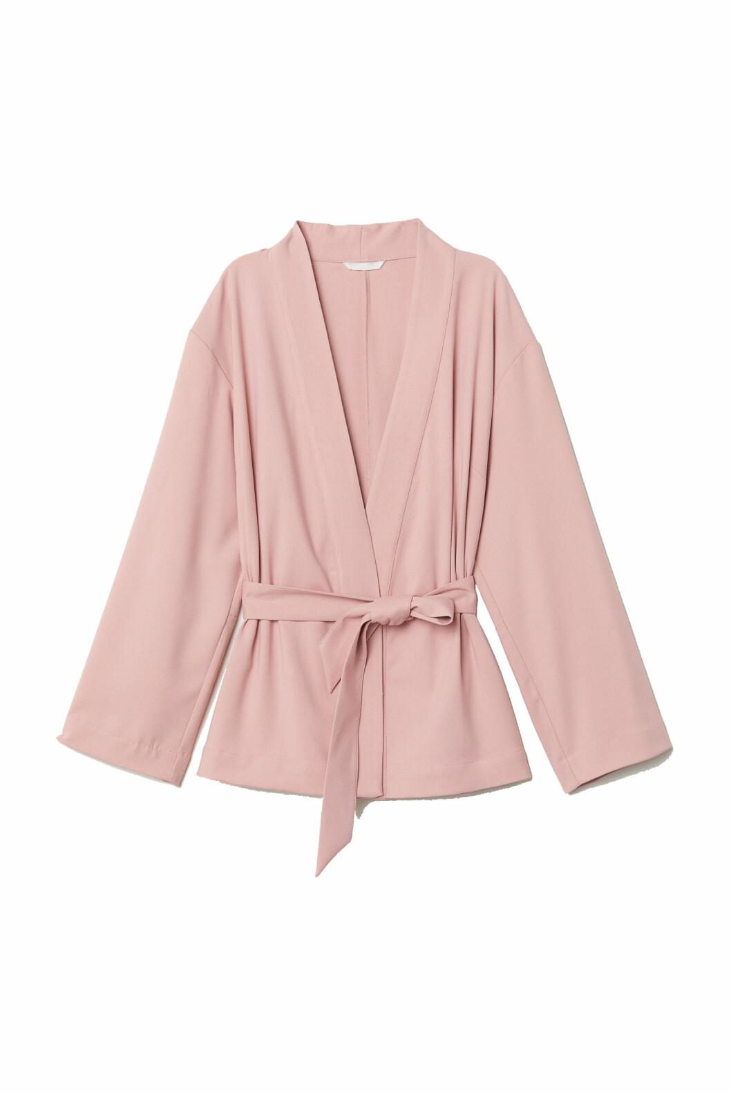 Kimono fra H&M  300,-  https://www2.hm.com/no_no/productpage.0665612003.html
