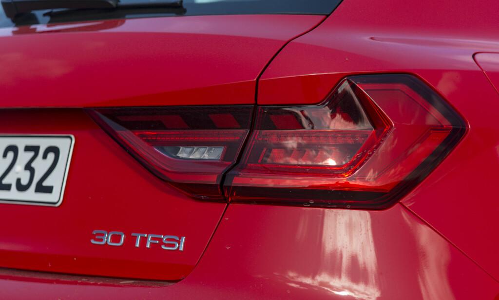 NYE NUMMER: Audis biler får nye modellbetegnelser. Vår A1 med 116 hesters bensinmotor heter nå 30 TFSI. Foto: Jamieson Pothecary