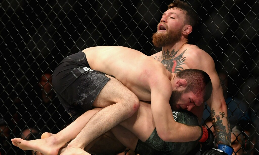 SUVEREN: Kampen mellom Khabib Nurmagomedov og Conor McGregor ble av mange kategorisert som tidenes kamp i UFC. Møtet mellom de to ble langt mindre jevnt enn mange hadde trodd. Foto: Reuters