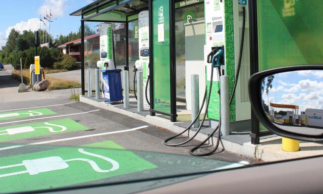 hva koster det å lade elbil
