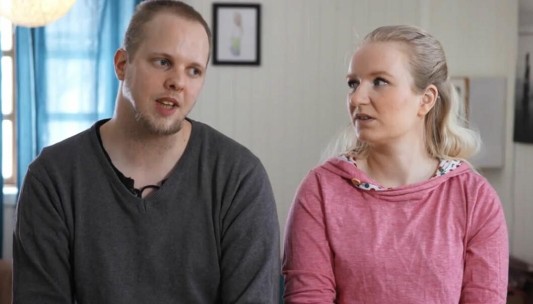 <strong>GJEMTE GJELD:</strong> Petter og Trine møtte hverandre på Tinder, og bor i dag sammen med fire barn. Begge hadde gjeld, som etter hvert ble et voksende problem for familien i Hamar. Foto: TV3