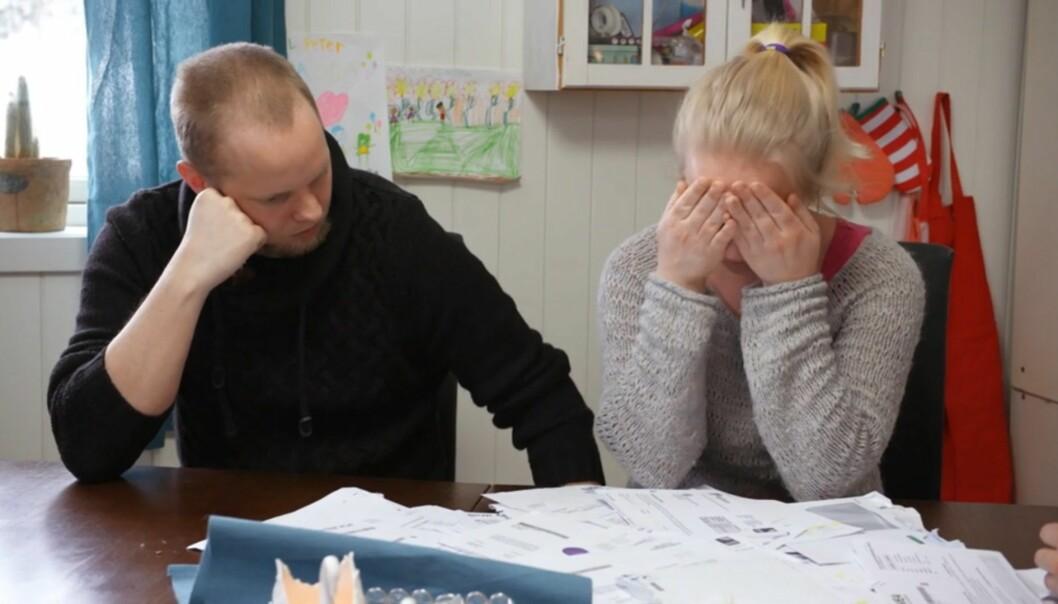<strong>TØFT:</strong> Flere ganger i episoden tar Trine til tårene. Å få høre om alle deres utestående krav ble blant annet en utløsende faktor. Foto: TV3