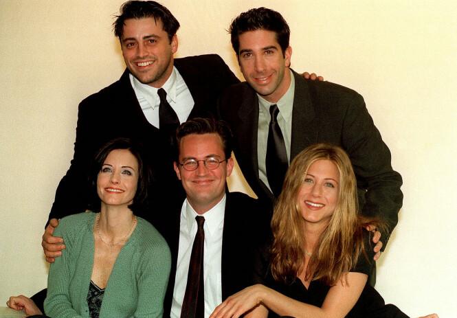 DEN GANG DA: «Friends»-gjengen Matt Le Blanc, David Schwimmer, Courteney Cox, Matthew Perry og Jennifer Aniston fotografert i 1998. FOTO: NTB Scanpix