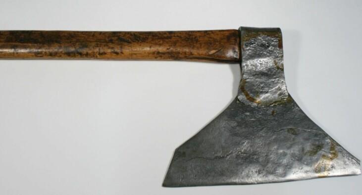 Henrettet for tyveri og mord: Siste halshuggingen i Norge skjedde med denne øksen, for 142 år siden