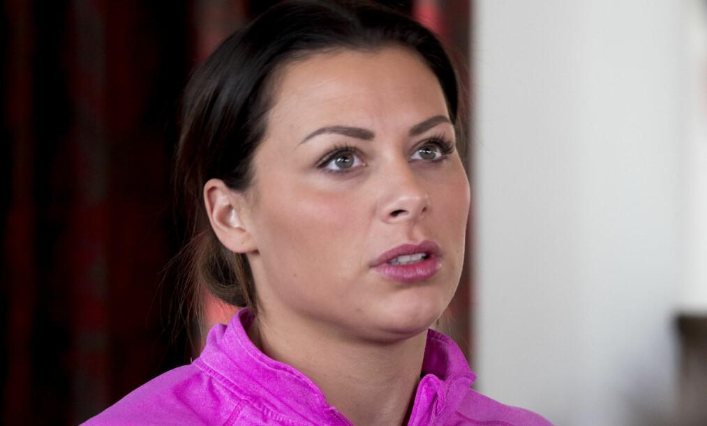 UTE AV EM: Nora Mørk måtte fredag operere kneet på nytt. Operasjonen gjør at hun mister det kommende Europamesterskapet. Foto: NTB scanpix