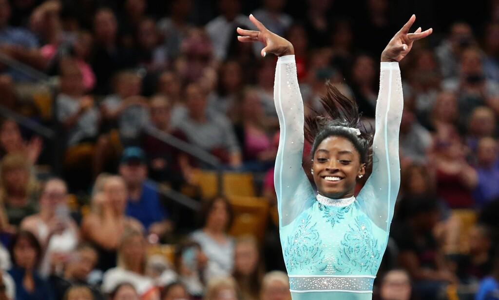 VERDENS BESTE: Simone Biles holder et skyhøyt nivå i turn, og har til tider vært helt uslåelig. Nå er hun tilbake i konkurransesammenheng. Foto: Tim Bradbury/Getty Images/AFP