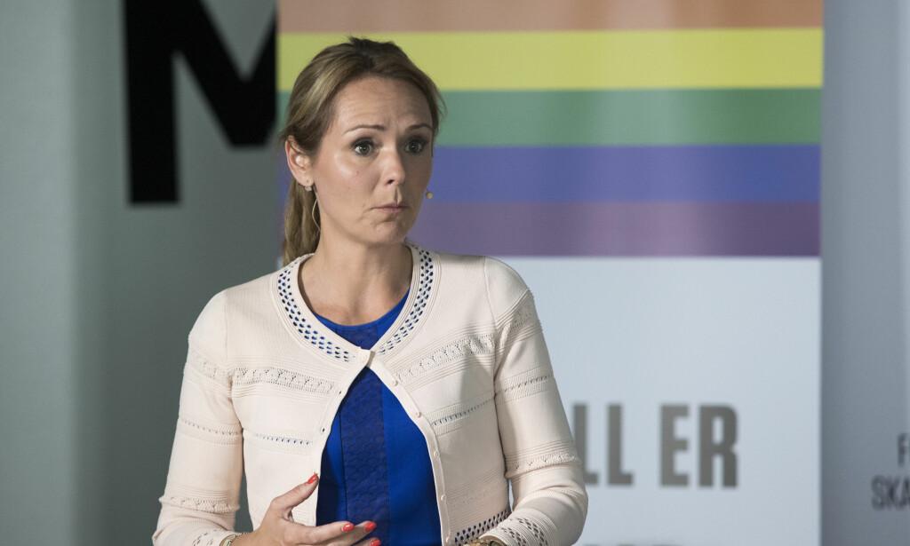 Taus: Hva mener likestillingsminister Linda Hofstad Helleland om Høyres abort-flørt?. Foto: Terje Bendiksby / NTB scanpix