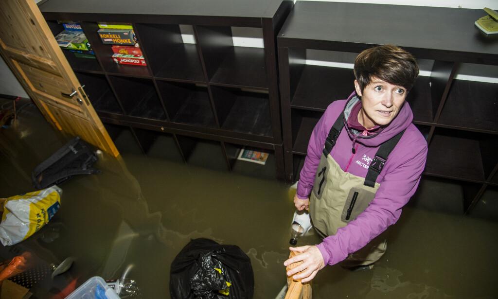KJELLEREN: I kjellerleiligheten stod Aud med vann til langt over knærne. Foto: Andreas Lekang / Dagbladet