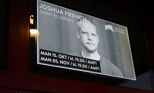 PREMIERE: Plakaten på utsida av kulturhuset på Nøtterøy. Foto: John Terje Pedersen / Dagbladet