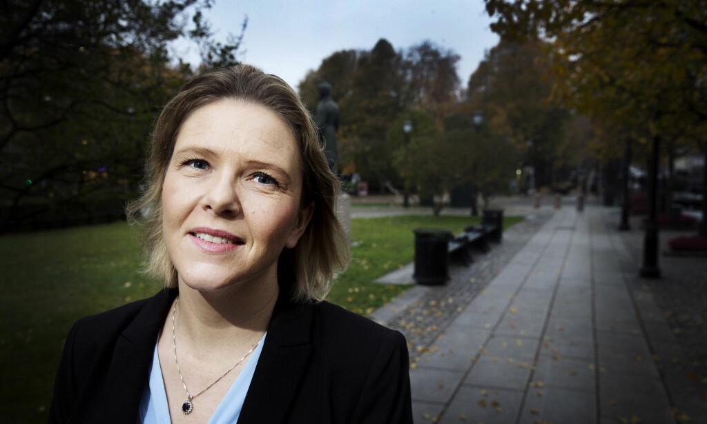 FORFATTER: Sylvi Listhaug håper på debatt når hun gir ut boka Der andre tier, i samarbeid med Lars Akerhaug. Hun mener nordmenn bør vise større takknemlighet for landet de bor i. Foto: Henning Lillegård / Dagbladet