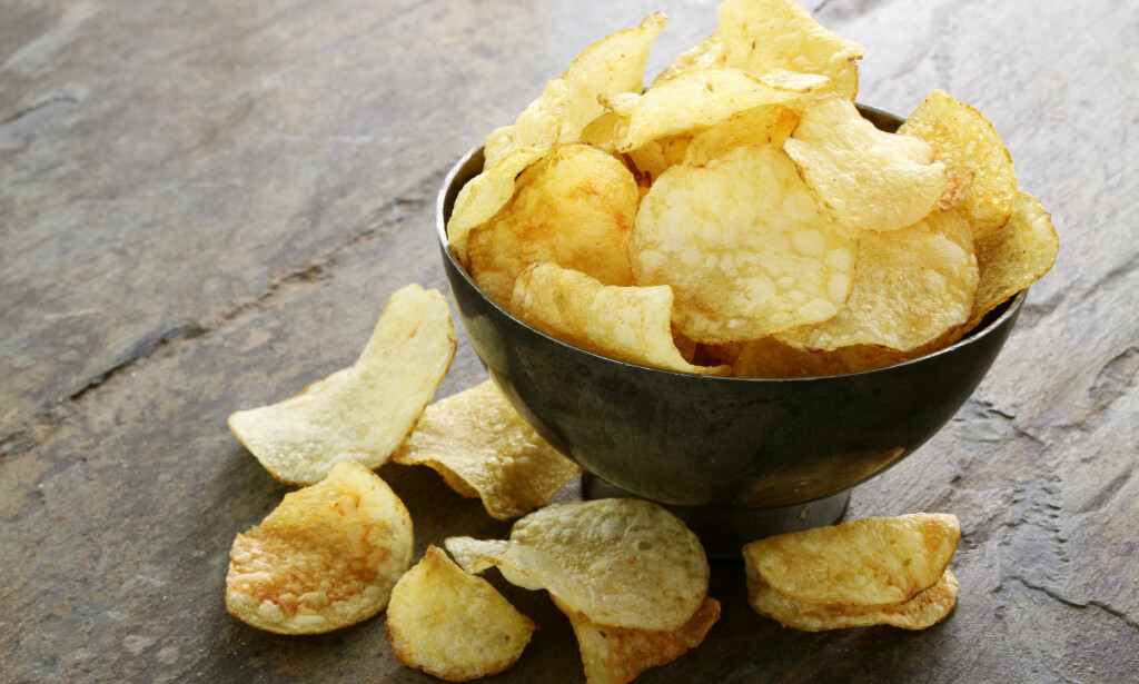 KAN KRYMPE: Den tørre og varme sommeren kan gi mindre - og dyrere chips og pommes frites i år. Illustrasjonsfoto: Neil Langan / Shutterstock / NTB Scanpix