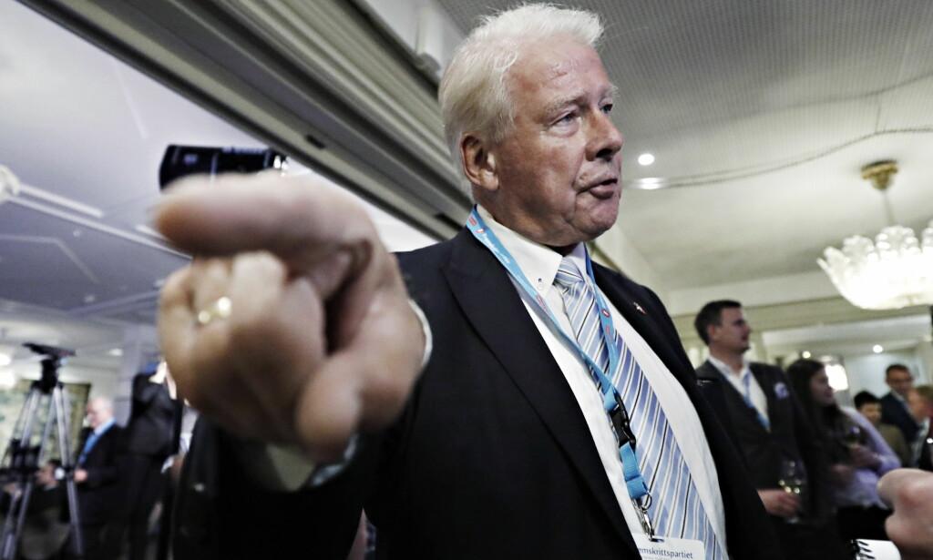 LANGER UT: Carl I. Hagen mener Knut Arild Hareide er en sosialist i KrF-klær. Foto: Bjørn Langsem / Dagbladet
