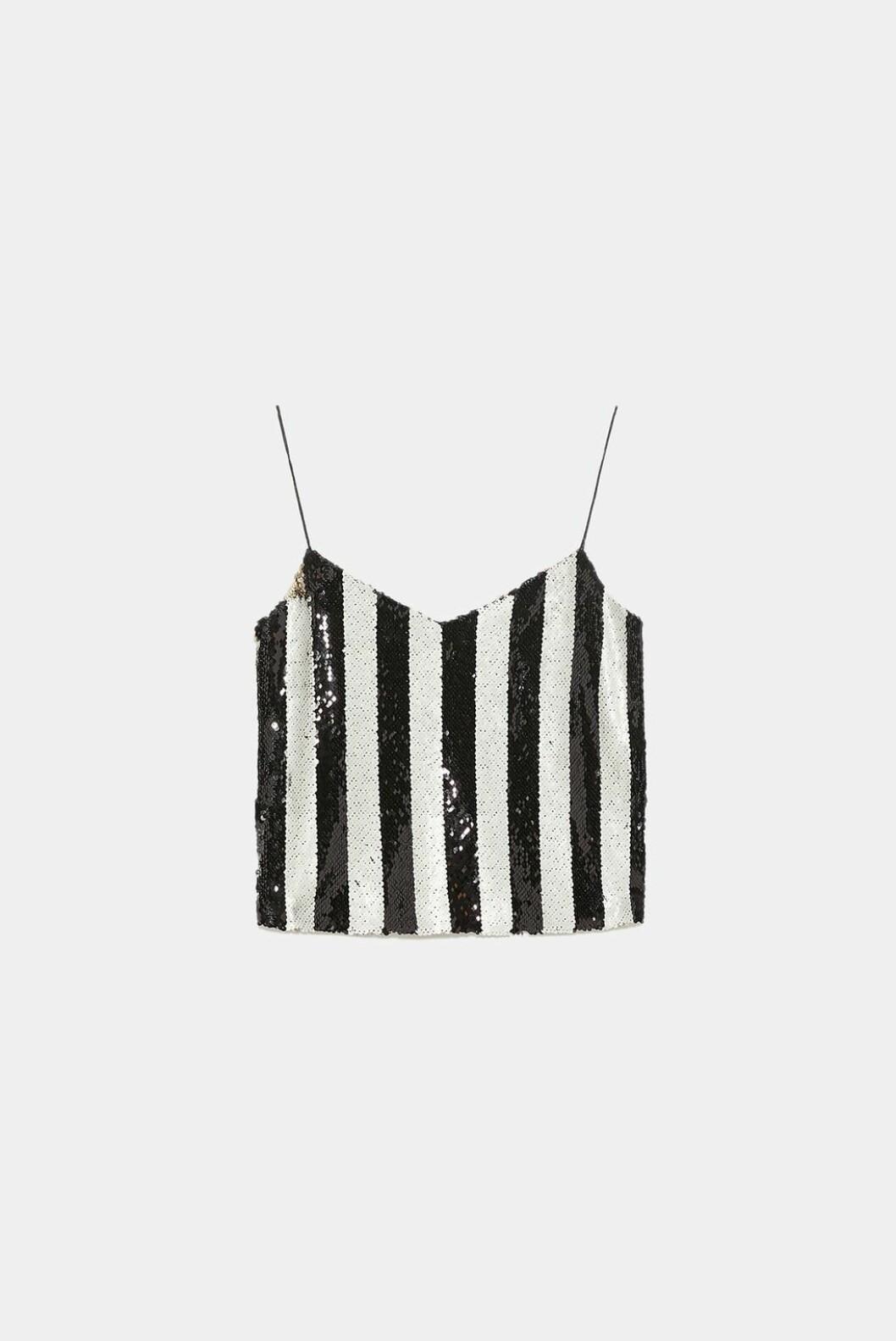 <strong>Topp fra Zara |399,-| https:</strong>//www.zara.com/no/no/topp-med-stropper-og-paljetter-p07901211.html?v1=7767088&v2=1080528