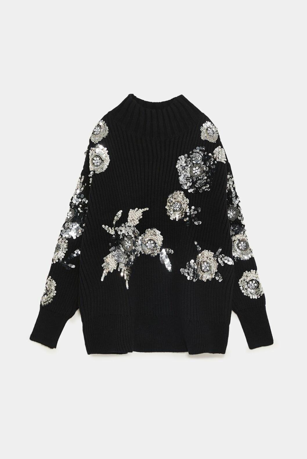 <strong>Genser fra Zara |650,-| https:</strong>//www.zara.com/no/no/genser-med-blomster-og-paljetter-p06206100.html?v1=7767465&v2=1074660
