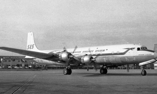 PIONER: Med denne DC7-maskinen åpnet SAS som første selskap flyginger til vestkysten av USA og til Tokyo over Nordpolen. Foto: NTB Scanpix