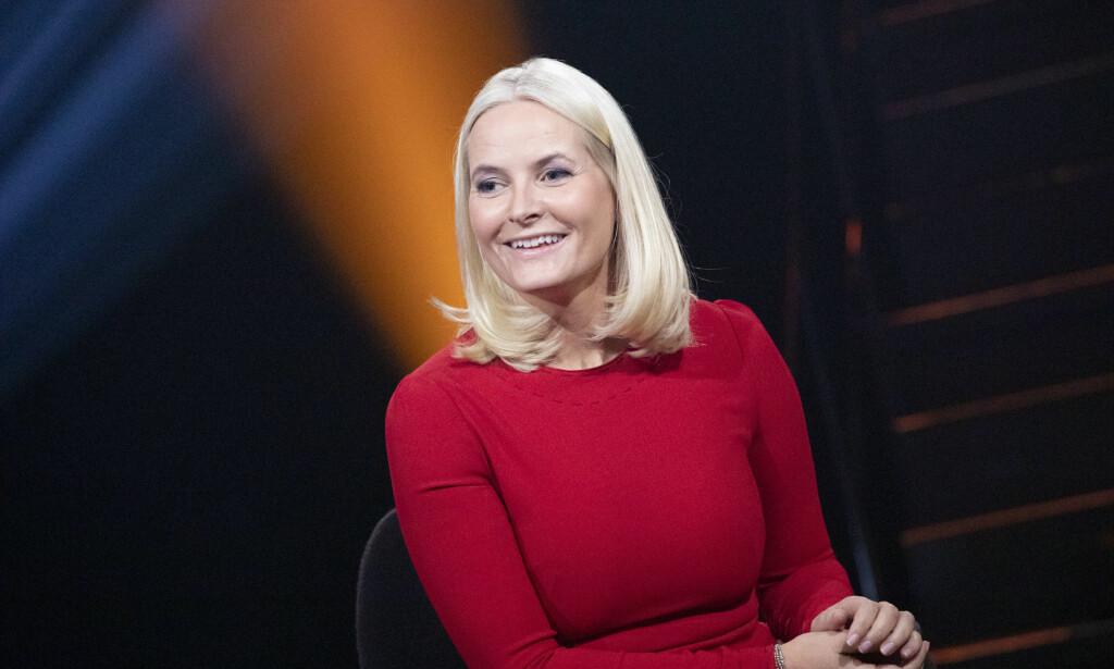 ENGASJERT: I kveldens sending forteller Kronprinsessen til Anne Lindmo om hvordan Tøyenkirken i årevis har vært et slags fristed for henne, og hvordan de mange menneskemøtene der vekket hennes sterke engasjement for frivillig arbeid. Foto: NRK