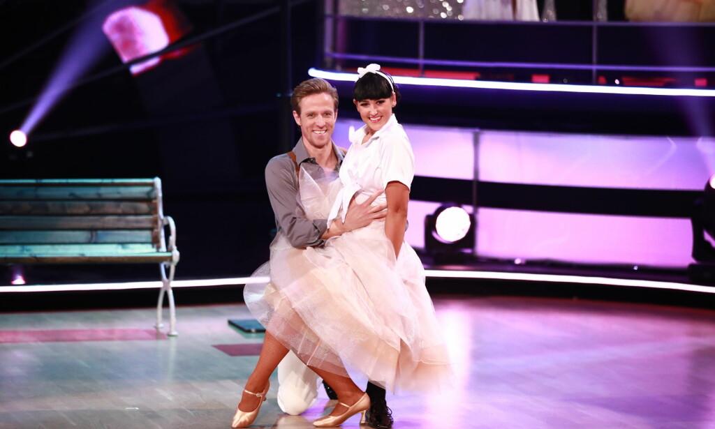 MÅTTE I DUELL: Jan Gunnar Solli og Rikke måtte danse en siste gang. Foto: Thomas Risæter / TV 2, NTB scanpix