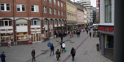 image: Kundene rømmer en av Norges mest beryktede handlegater: Nå tar politiet nytt grep