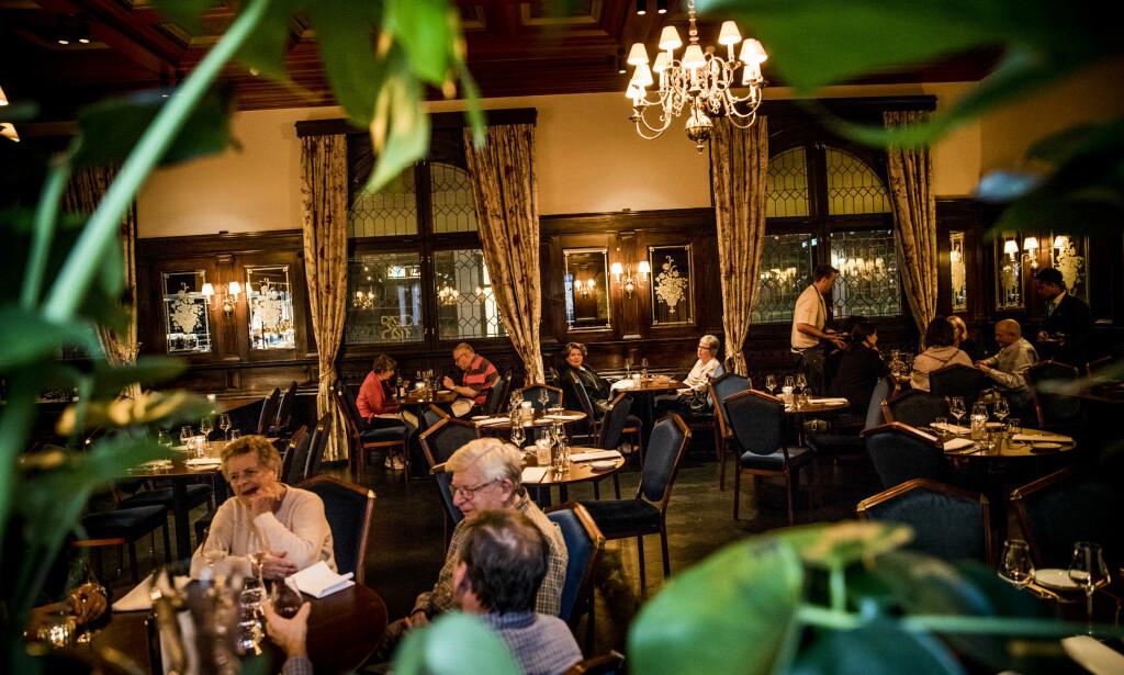 PUR NYTELSE: Anmelderne er imponert over hvor vellykket oppussingen av Bristol fungert. Inkludert maten. Foto: Christian Roth Christensen