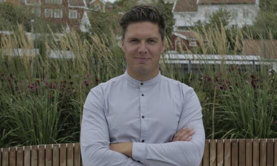 TØFF TYPE: Andreas Wahl setter forskere til veggs, og har satt liv og helse på spill i sine eksperimenter. Dette har gjort ham til en av landets mest populære programledere. Foto: Teddy TV/ NRK