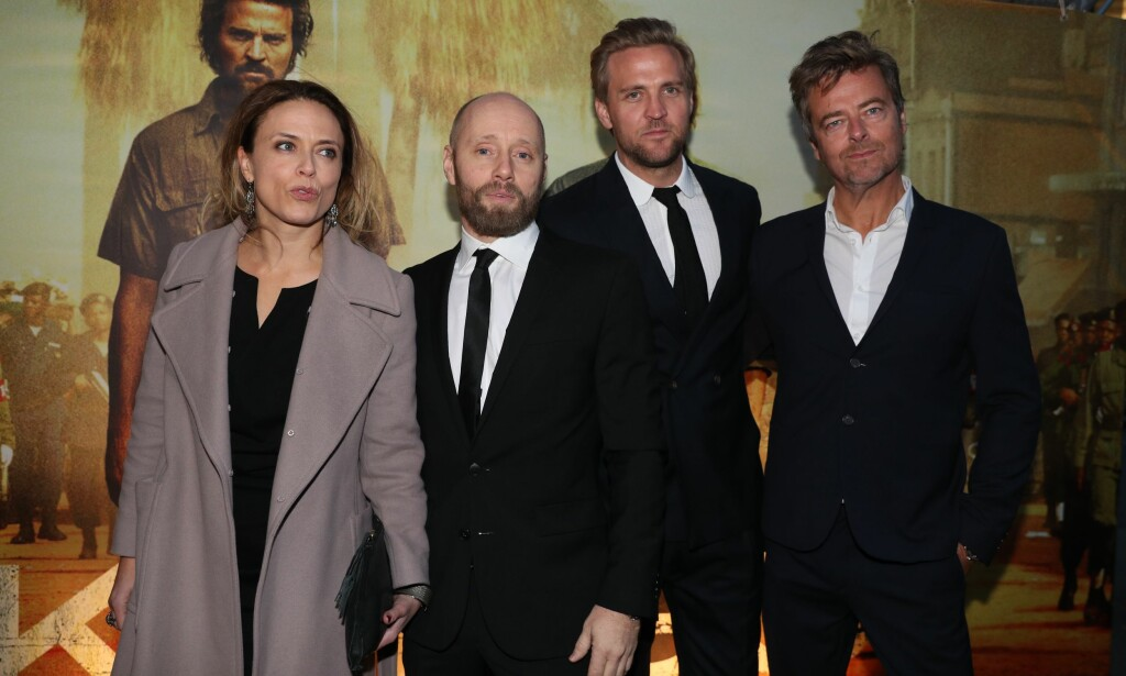 PREMIEREKLARE: Skuespillerne Ine Jansen, Aksel Hennie og Tobias Santelmann sammen med regissør Marius Holst. Foto: Andreas Fadum
