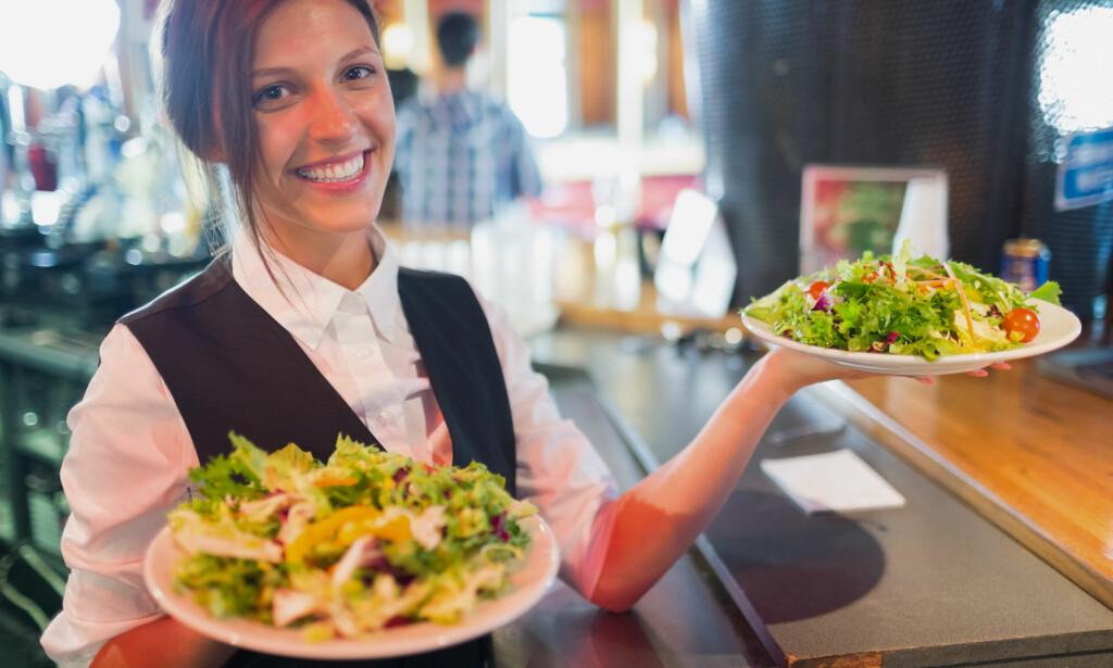 KVINNER TJENER MINDE: I Norge tjener kvinner i snitt 87 kroner for hver hundrelapp en mann tjener, ifølge Statistisk sentralbyrås (SSB) lønnsoversikt fra 8. mars i år. Foto: NTB scanpix