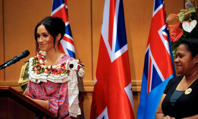 HOLDT TALE FOR UNIVERSITET: Hertuginne Meghan fortalte åpenhjertig om hvor viktig utdanning er for kvinner og jenter. Foto: NTB scanpix