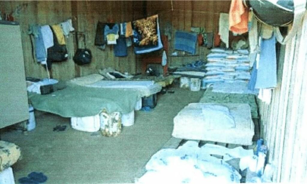KUMMERLIG: Slik var arbeidere på en soyaplantasje tvunget til å bo. Foto: Det brasilianske arbeidsdepartementet / Fra rapporten