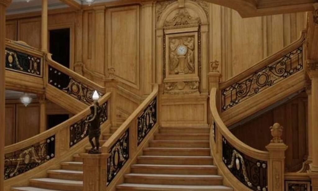 TRAPPA: Denne trappa vil mange kjenne igjen fra filmen. Slik vil den se ut på skipet Titanic II, ifølge rederiet. Foto: Blue Star Line