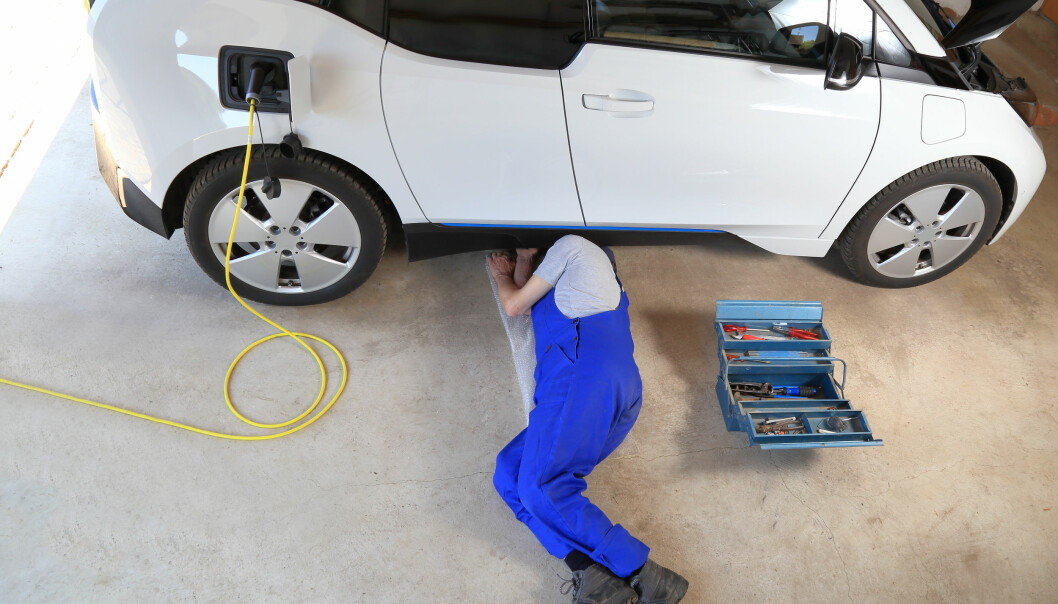 Feil forsikring kan føre til at du selv må betale regningen fra bilverkstedet. Foto: Shutterstock/NTB Scanpix
