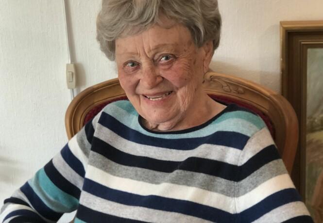 <strong>LOUISE (101):</strong> Den spreke 101-åringen bor alene, og er svært aktiv og sosial. I november gikk hun catwalkshow på sitt lokale kultursenter. FOTO: Malini Gaare Bjørnstad