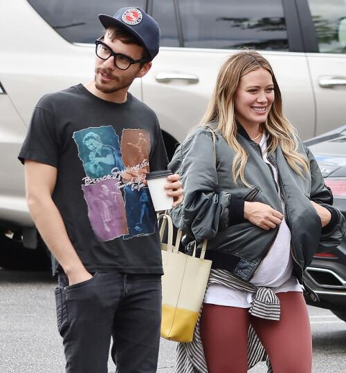 HAR GITT FORHOLDET EN NY SJANSE: Hilary Duff og Matthew Koma smilte til fotografene da de ble avbildet sammen i begynnelsen av oktober. Foto: NTB Scanpix