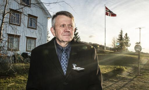 NATO-VENNLIG: Bonde Olaf By er for NATO og er glad for å kunne stille gården til disposisjon for NATO-øvelse. Foto: Hans Arne Vedlog/ Dagbladet