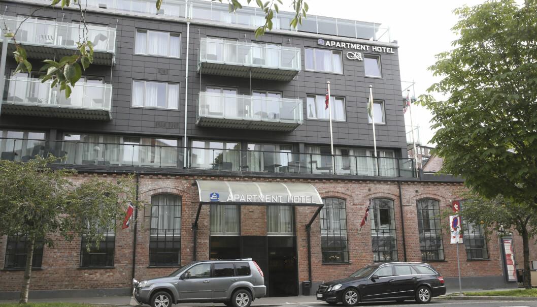 <strong>GULLGRUVE:</strong> Kampen Hotell på Tøyen i Oslo ble en gullgruve for dem som drev hotellet under asyltilstrømmingen i 2015, da dette bildet ble tatt. Nå krangler flere av søsknene i en utbyggingssak som i lang tid har versert for Plan- og bygningsetaten. Foto: Terje Pedersen / NTB scanpix