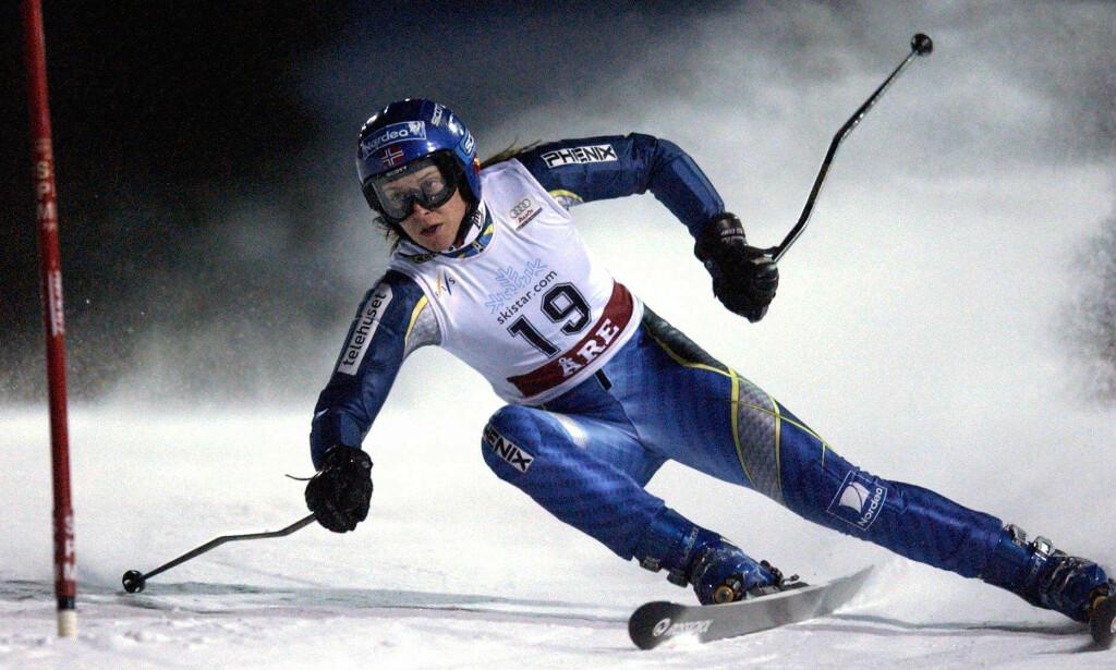 VERDENSTOPPEN: Stina Hofgaard Røsjø tok alpinverden med storm i starten av 20-årene og imponerte stort i verdenscupen. Så gikk det galt. Foto: NTB Scanpix