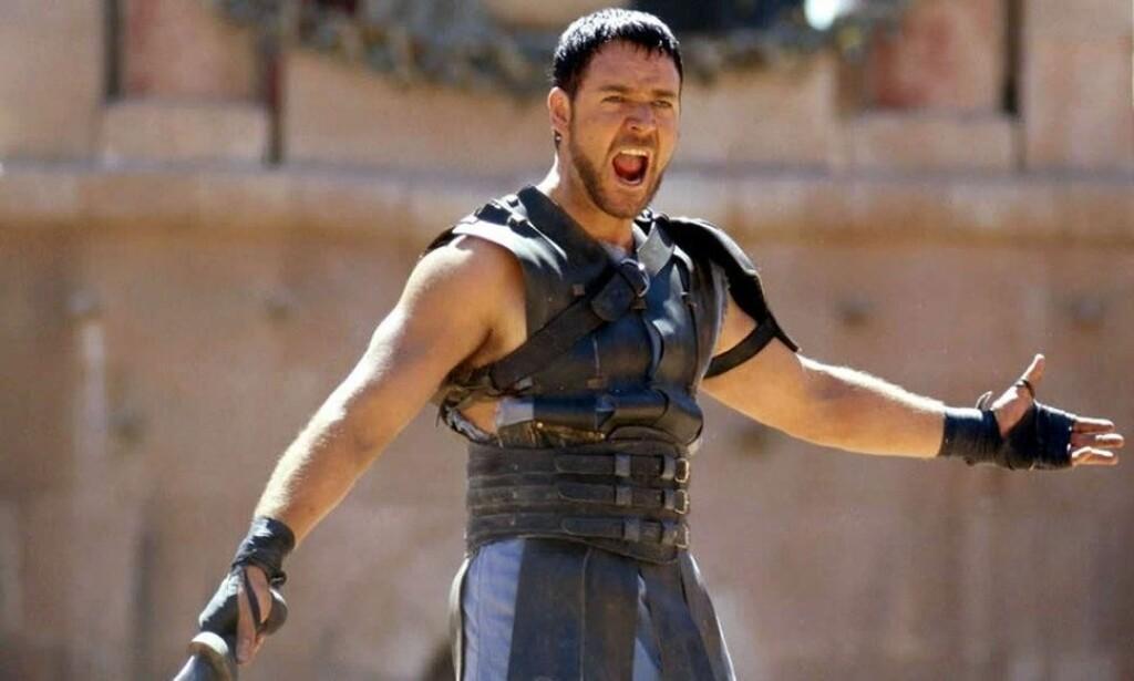 FILMSUKSESS: Russell Crowe som gladiatoren Maximus ble populær blant både kritikerne og kinopublikummet i 2000. Nå kommer en oppfølger til filmen. Foto: Universal