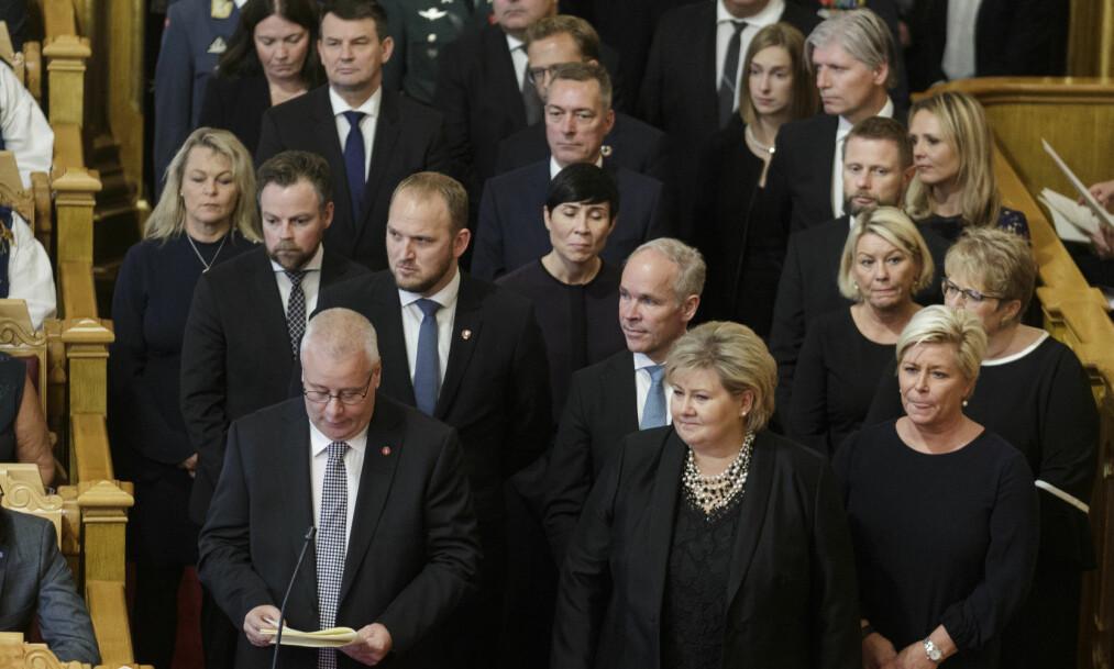 <strong>TROLIG SKAL TRE UT:</strong> Regjeringen under den høytidelige åpningen av Stortinget 2018. Statsminister Erna Solberg (H) i front. Foto: Berit Roald / NTB scanpix