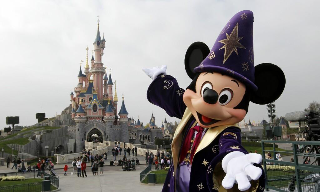 POPULÆRT: Disneyland-parkene i USA er blant verdens mest populære reisemål. Nå er det bekreftet at det også er et populært hvilested for de som har gått bort. Foto: NTB Scanpix