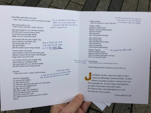 Personal: The program booklet has lots of cute little personal messages. Photo: Linn-Christin Marthinussen