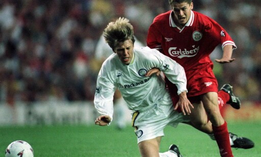 EX-LEEDS: Gunnar Halle i duell med Michael Owen. Foto: Ian Hodgson / REUTERS