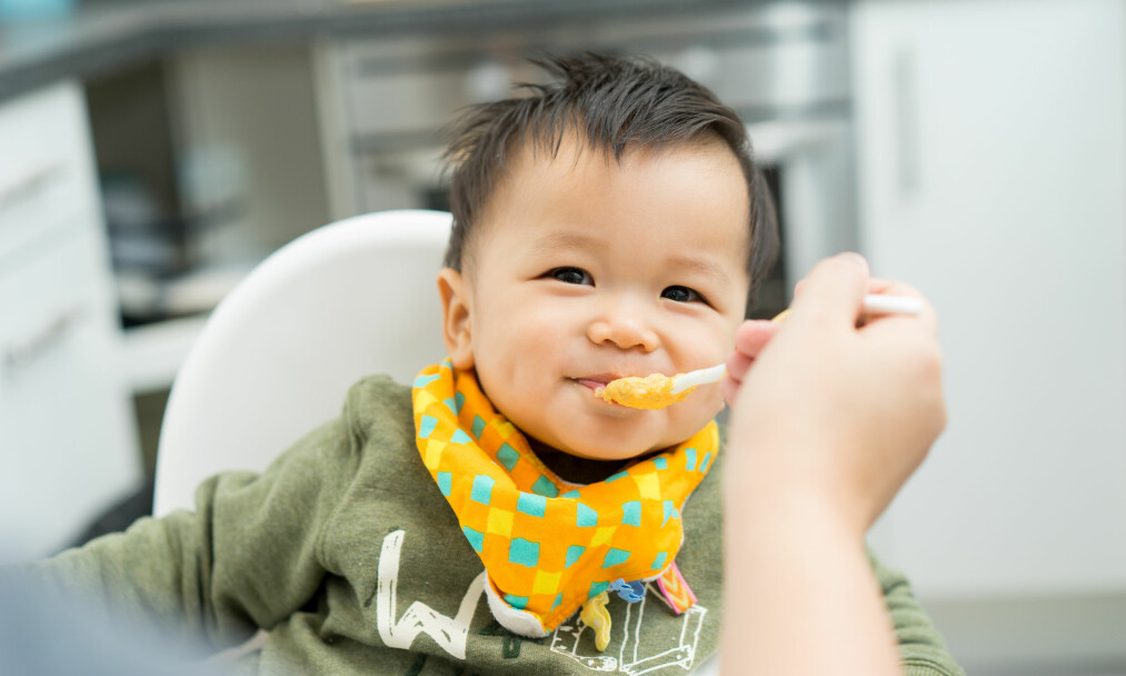 <strong>GODE SPISEVANER:</strong> Det er ifølge ekspertene lurt å etablere gode spisevaner så tidlig som mulig. FOTO: NTB Scanpix