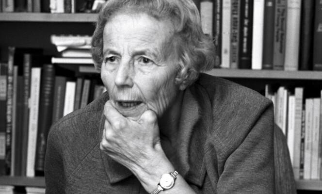 <strong>OTTAR:</strong> Elise Ottesen-Jensen arbeidet som journalist i flere år. Hun skrev mye om familieplanlegging under psevdonymet «Ottar». Foto: Sverre Børretzen/Aktuell/NTB scanpix
