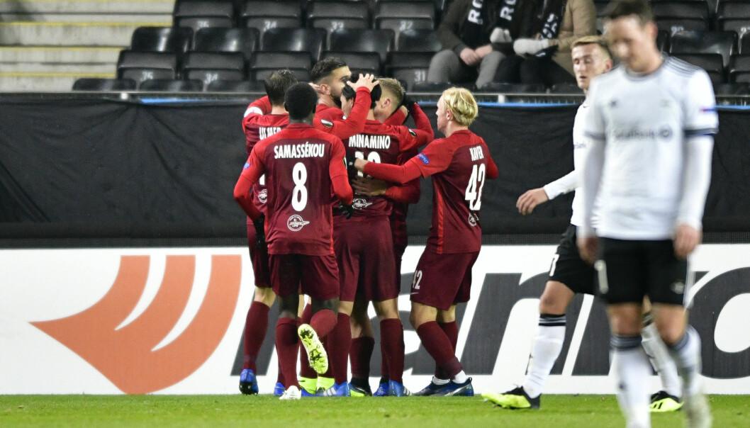 <strong>FEIRING:</strong> FC Salzburg jubler for Fredrik Gulbrandsens 0-3-scoring. Foto: Ole Martin Wold / NTB scanpix
