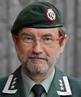 STORT ANSVAR: Oberst Per Leines Lausund er Veterinærinspektør i Forsvaret.