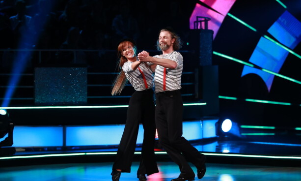 36 POINTS: Einar Nilsson and pro dancer Anette Stokke scored 36 points for his quick step. Photo: TV 2